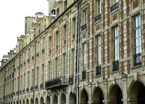 place-des-vosges-(2)