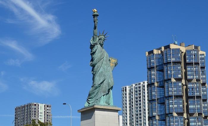 statue de la liberte ile aux cygnes