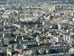 Vue sur Paris depuis la terrasse de la tour