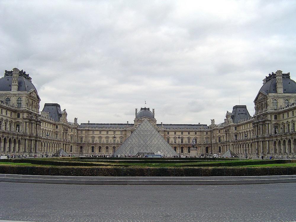 Louvre Museum | Un jour de plus à Paris