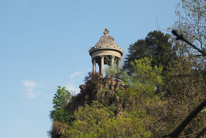 temple sybille buttes chaumont