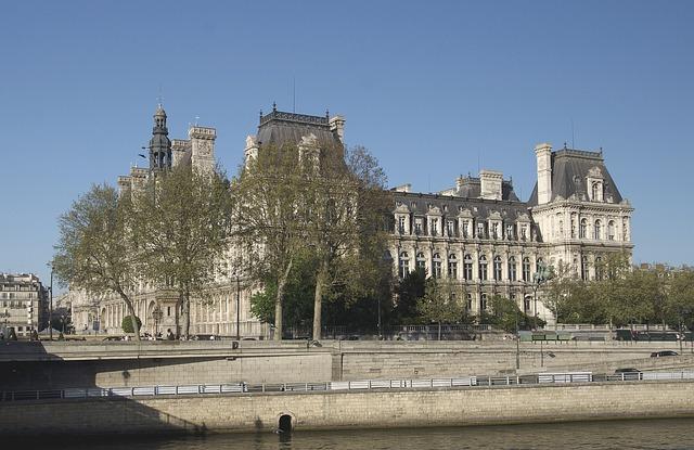 hotel de ville de paris et seine