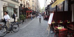 photo de la rue des Lombards, rue piétonne de Paris