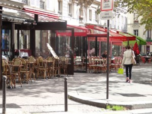 terrasses des restaurants place Toudouze, Paris 75009