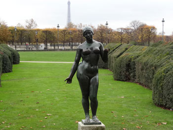 Maillol At Tuileries Garden Un Jour De Plus A Paris