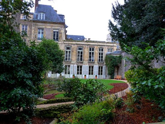 jardin archives nationales paris