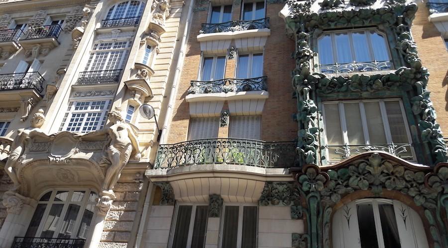 Les plus beaux immeubles art nouveau paris un jour de - Art nouveau architecture de barcelone revisitee ...