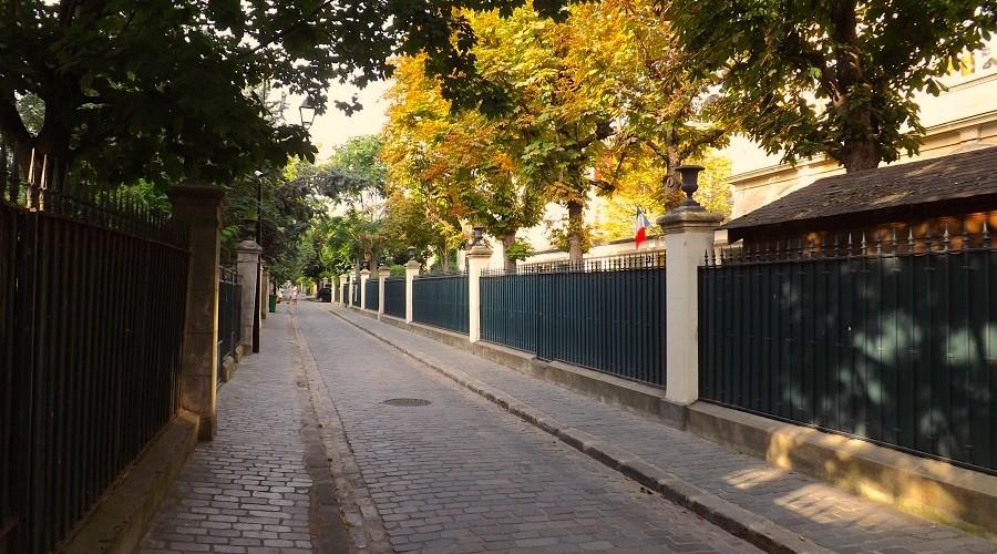 cit des fleurs 17e arrondissement un jour de plus paris. Black Bedroom Furniture Sets. Home Design Ideas