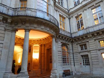 colonnes du vestibule