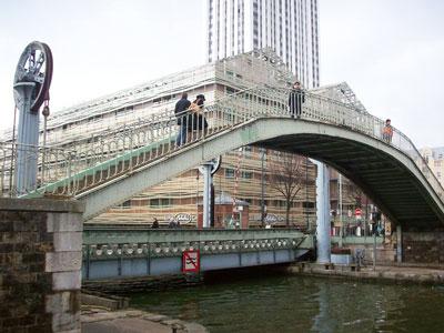 pont levant crimee paris