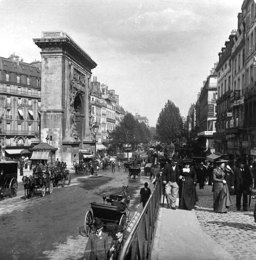porte saint denis 1900