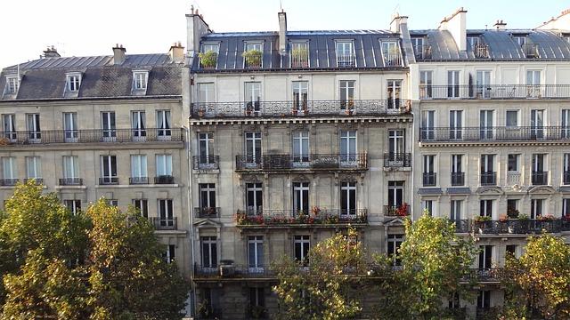 facade immeuble haussmann paris