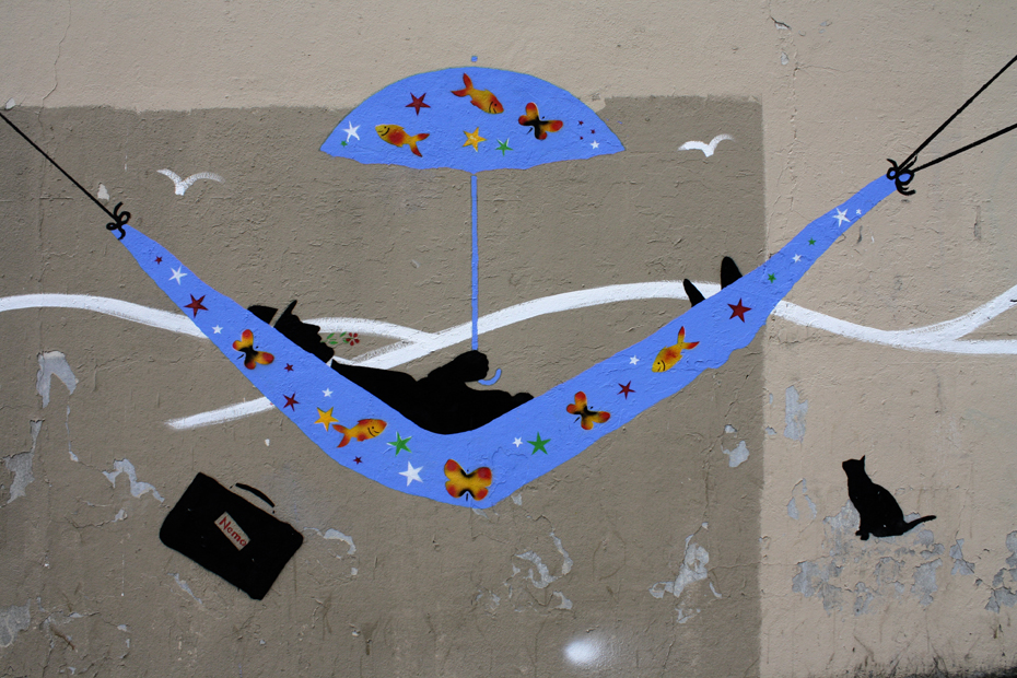 France, Paris- Street art, Nemo in Hammock