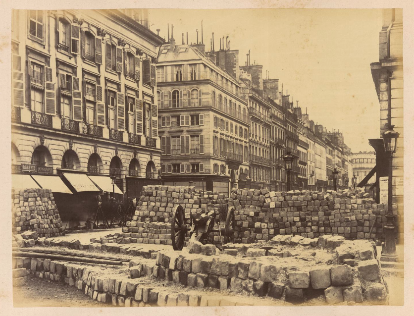 18 mars 1871 - Début de la Commune de Paris Photo-barricades-commune-de-paris