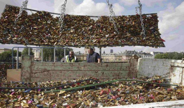 cadenas damour pont des arts photo