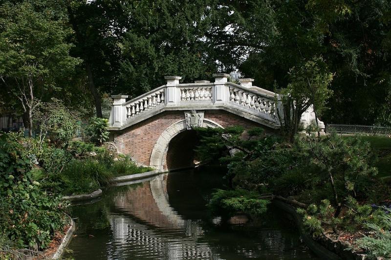 petit pont parc monceau