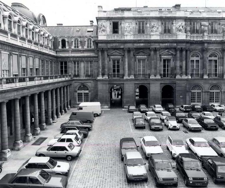 palais royal 1982