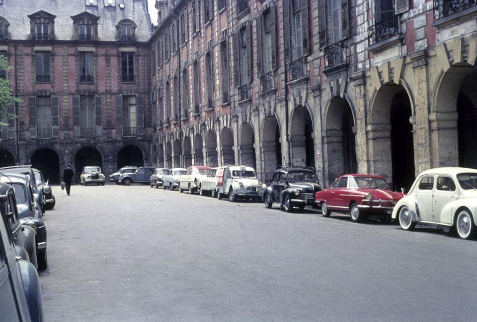 place des vosges 1960