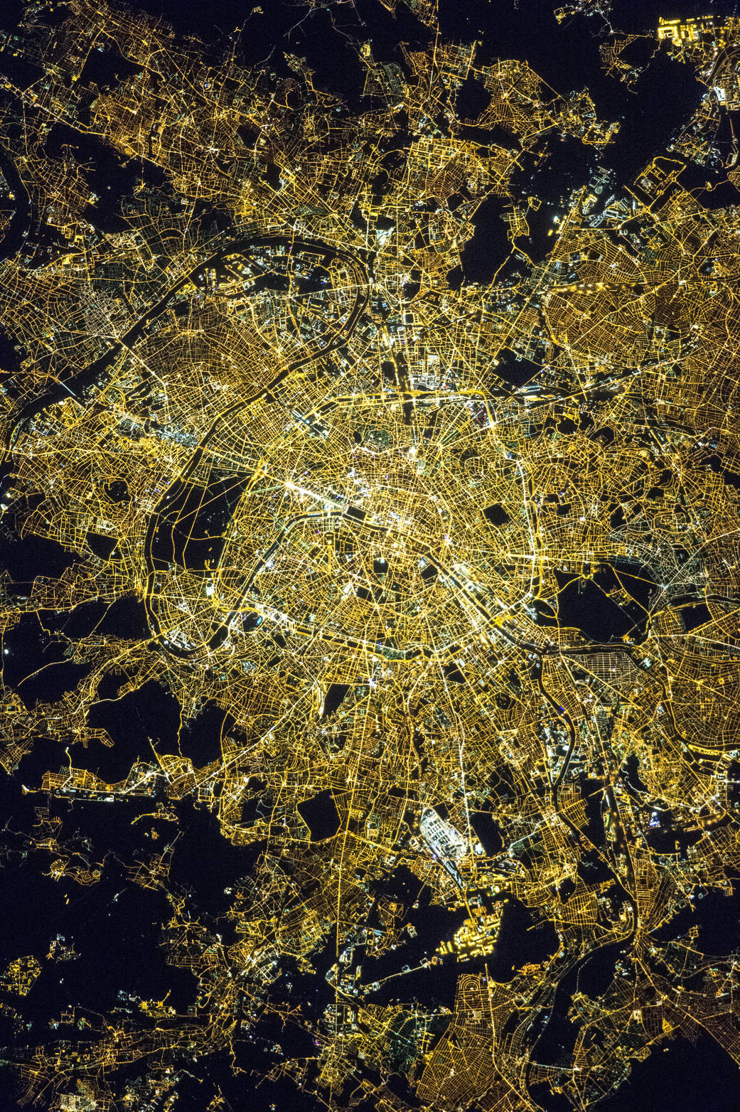 paris vue du ciel nasa