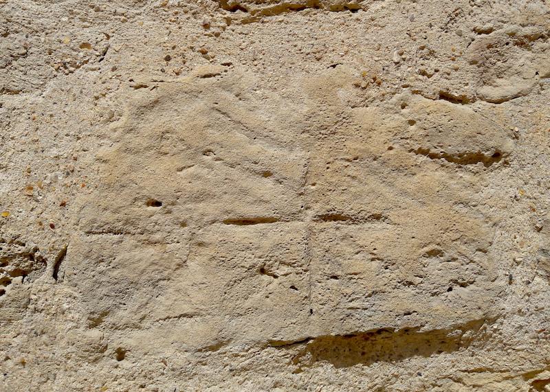 Marque de tailleur de pierre de l'enceinte Philippe Auguste