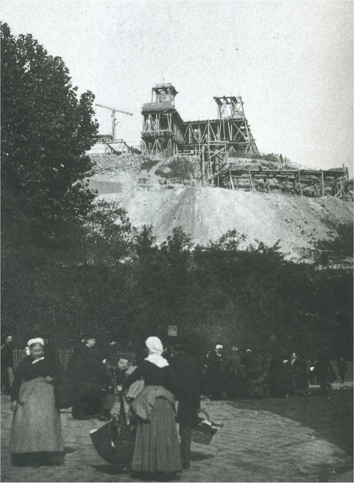 Sacré Coeur en construction 1886