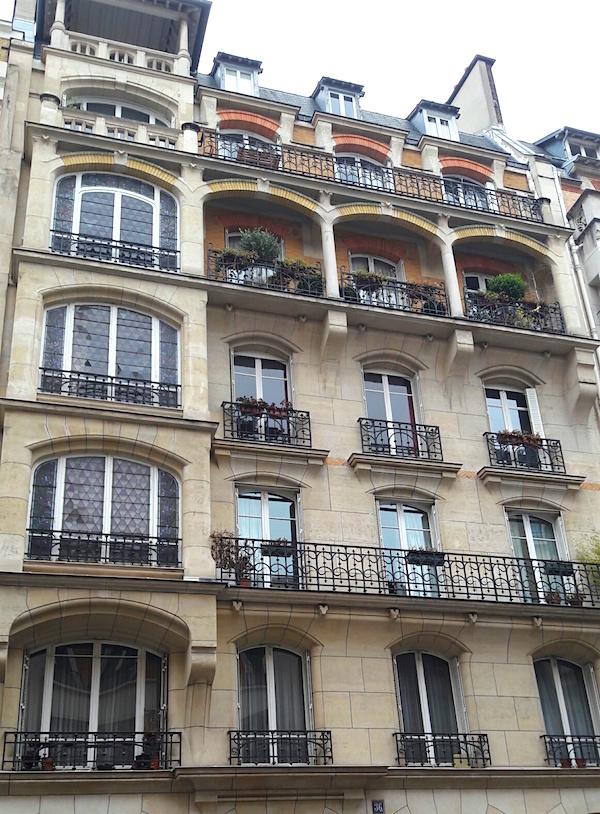 rue tocqueville art nouveau
