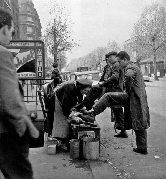 cireuse chaussures 1950