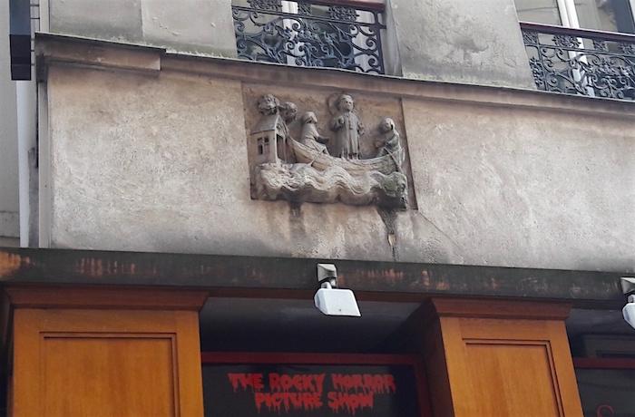 bas relief rue galande
