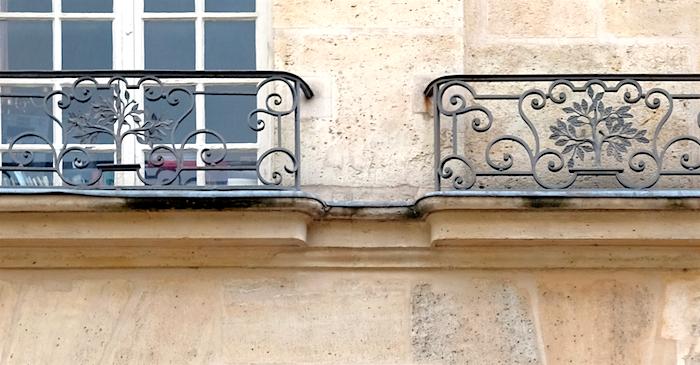 orme balcon rue francois miron