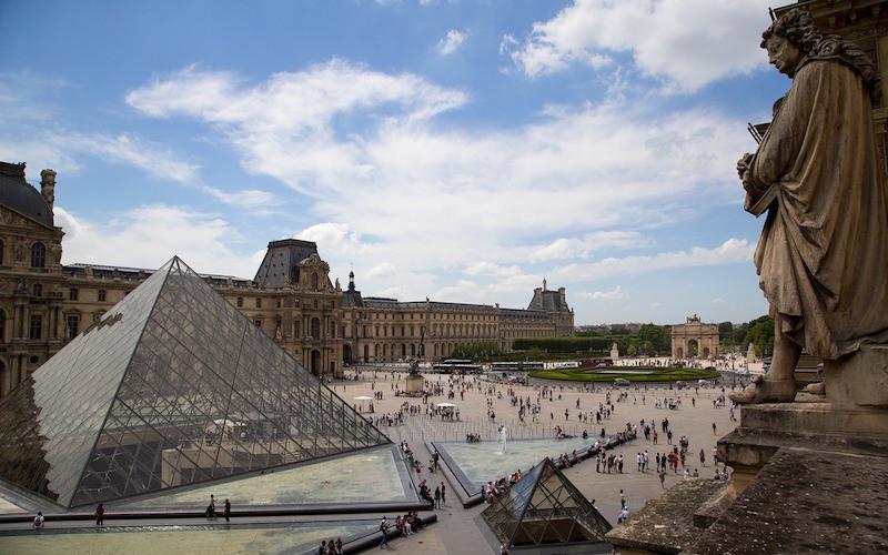 Le Louvre (visite extérieure)