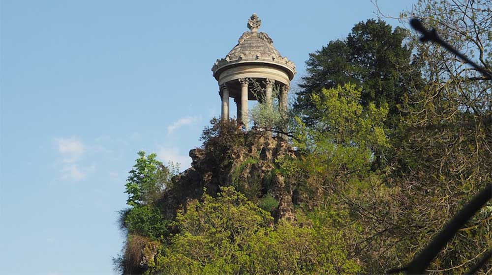temple-sybille-buttes-chaumont