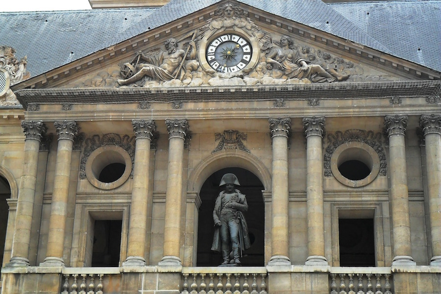 napoleon statue invalides