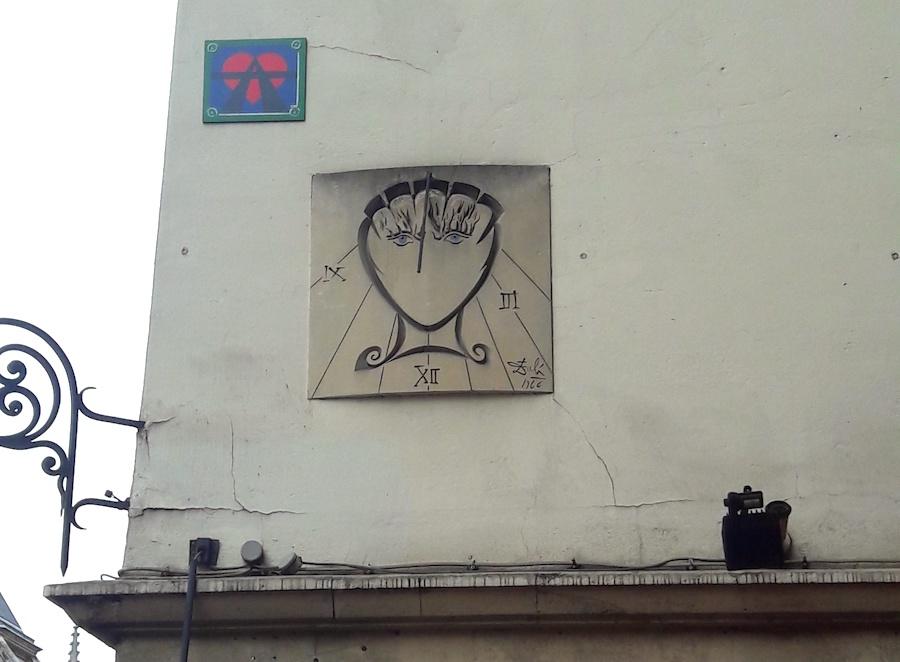 cadran solaire dali rue saint jacques