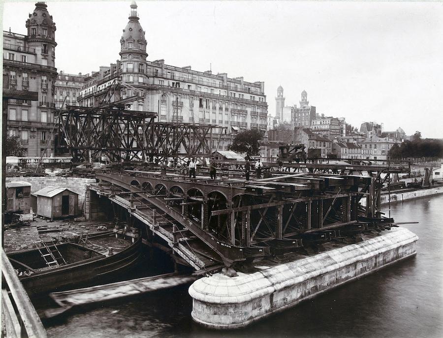 construction viaduc passy metro