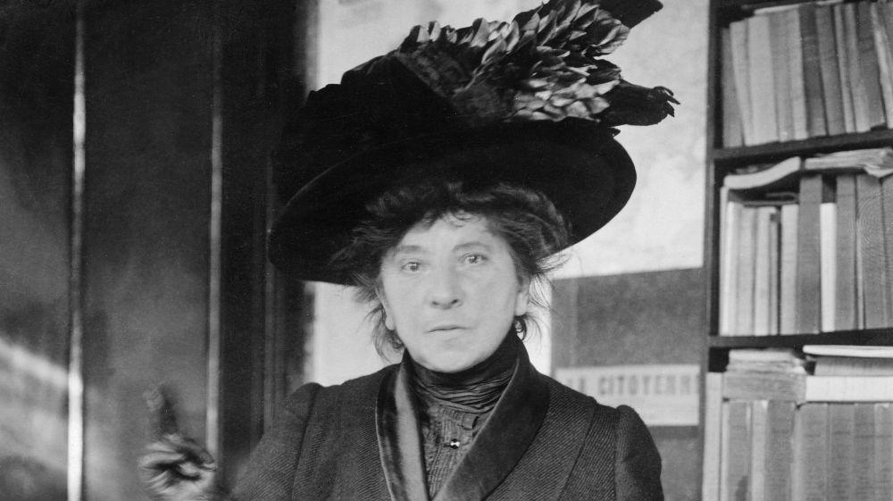 hubertine auclert suffragette