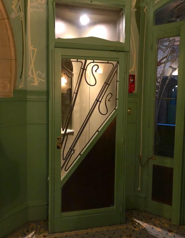 castel beranger cabine telephonique