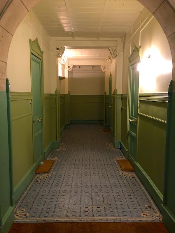 castel beranger couloir appartements