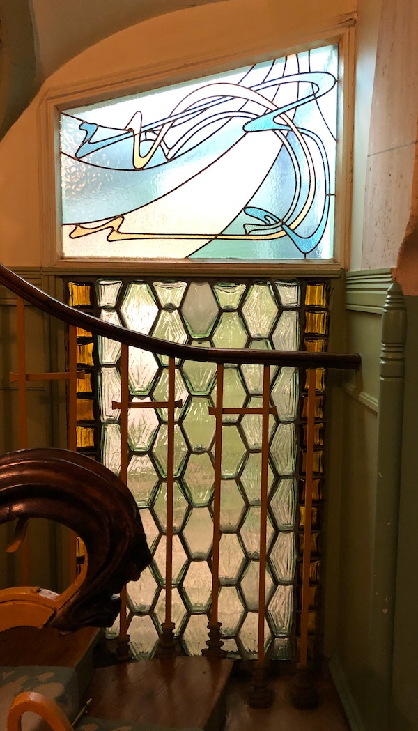 castel beranger entree escalier